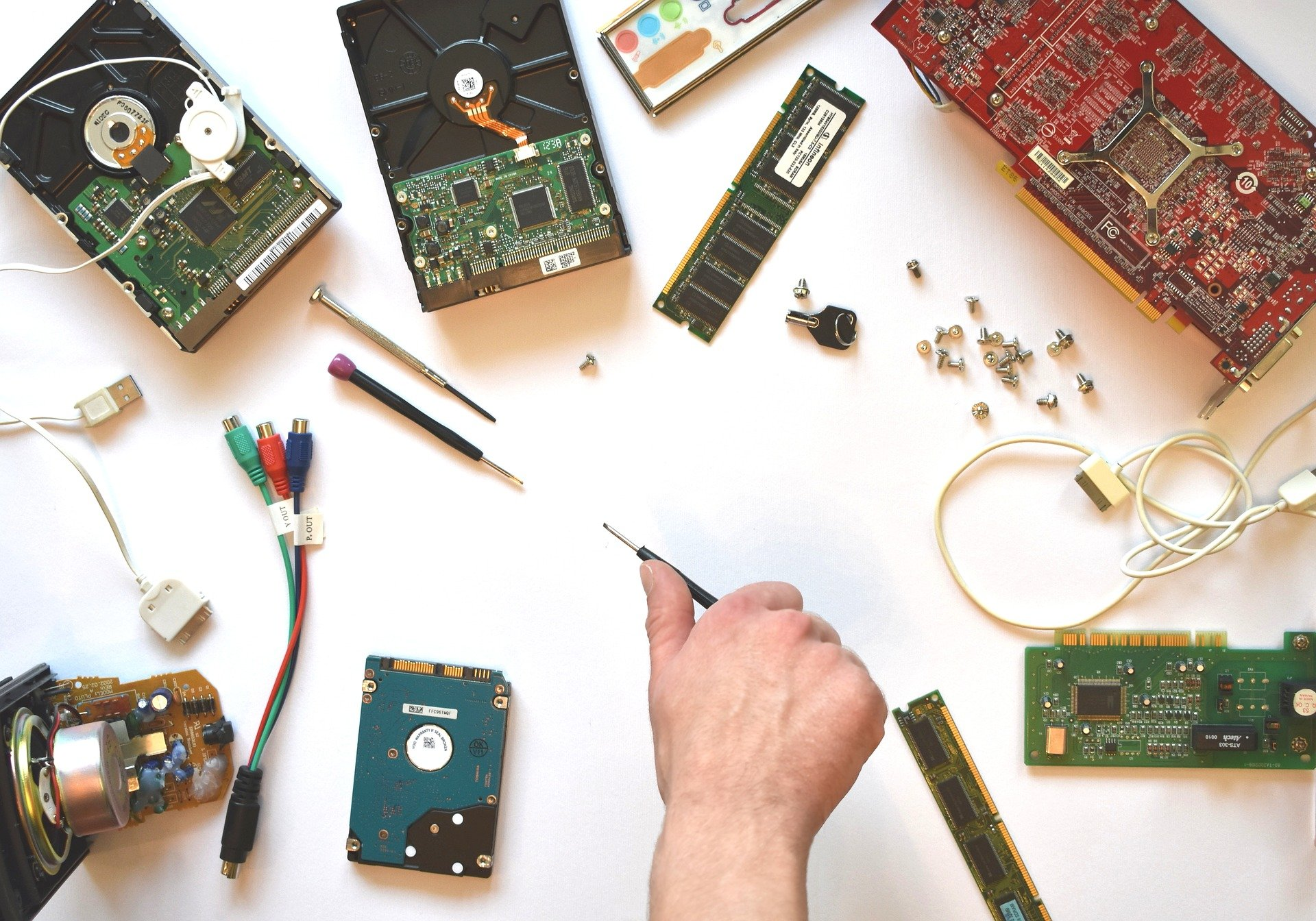 hardware 3509891 1920 1 Blog